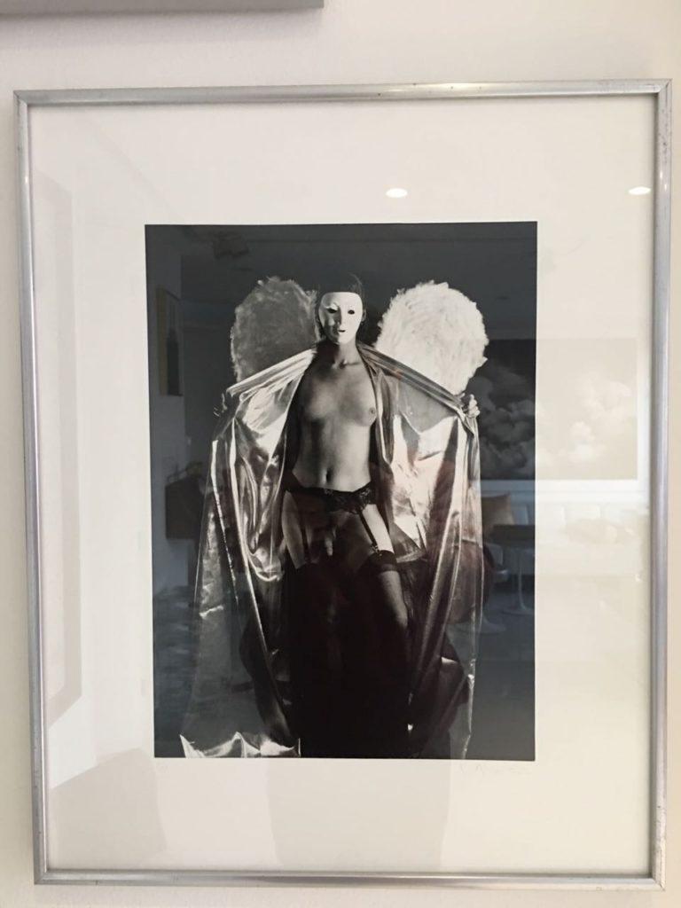 el-angel-exhibicionista